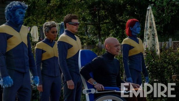 x-men-dark-phoenix team suited